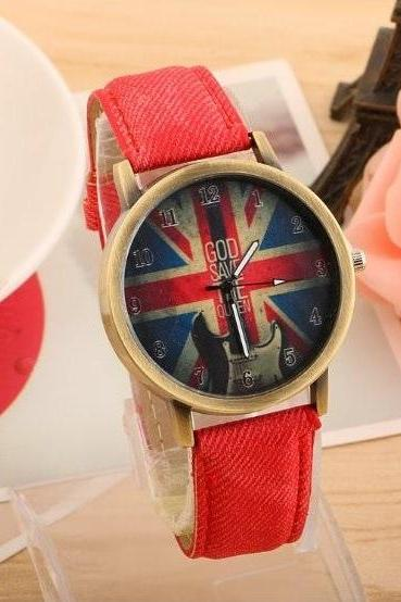 Guitar Retro Quartz Watch Leather Band Unisex Wrist Watch For Men Lady Retro Round Quartz Watch Red
