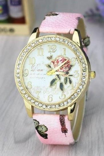 Rose Crystal Retro Quartz Watch Leather Band Unisex Wrist Watch For Men Lady Retro Round Quartz Watch Pink