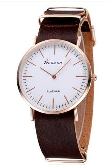 Two Hands Retro Quartz Watch Leather Band Unisex Wrist Watch For Men Lady Retro Round Quartz Watch Dark Brown
