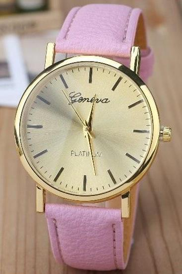 Classic Retro Quartz Watch Leather Band Unisex Wrist Watch For Men Lady Retro Round Quartz Watch Pink